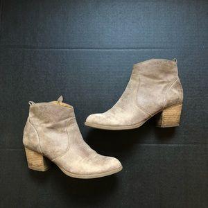 Franco Sarto tan ankle boot